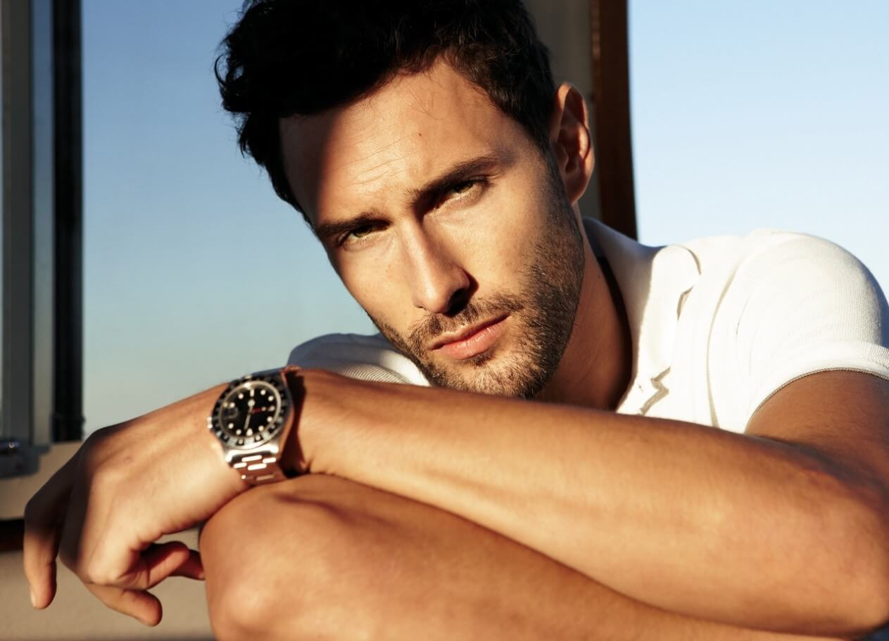 Noah Mills - Top 10 Most Handsome Boys in the World