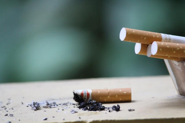 Quit smoking for healthy teeth and gums