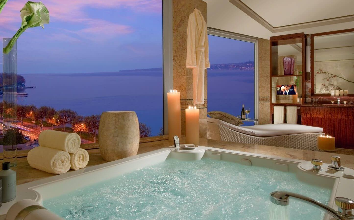 Top 10 most expensive hotels in the world get that right for Hotel president wilson royal suite
