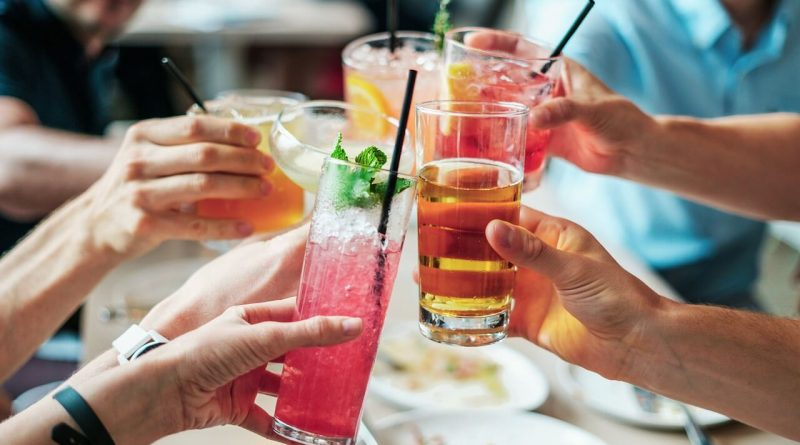 Top 10 Best Refreshing Summer Drinks To Beat The Heat