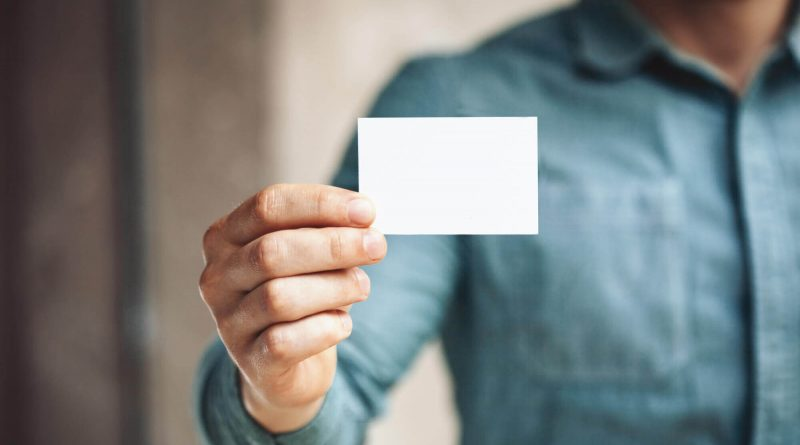 What to Put On a Business Card to Stand Out A Guide