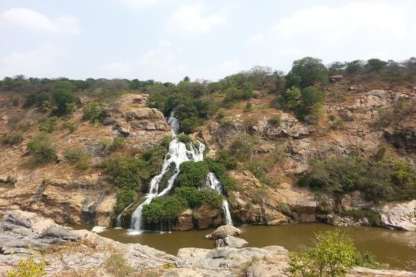 Experience the Scenic Beauty of Chunchi Falls