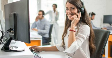 8 Tips to Help You Choose the Right Customer Service Call Center