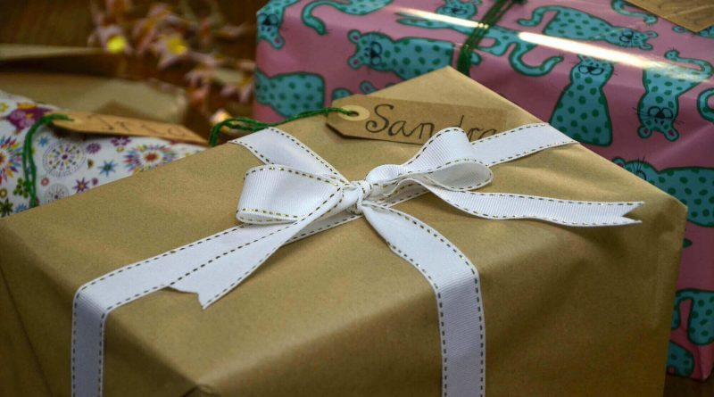 Unique Personalized Gifts to Wow Your Friends and Family