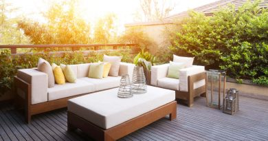 How to Dress Up Your Deck With Comfy, Cozy Furniture