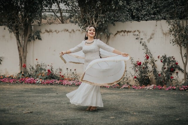 5 New Trendy Dresses That You Must Try This Diwali